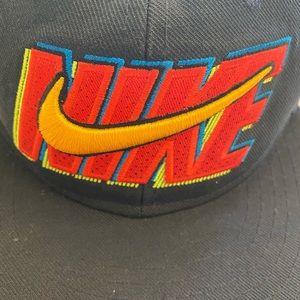 Nike Accessories - Nike True hat.